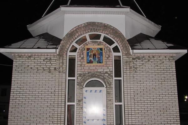 На протяжении 15 лет в рыбинской специализированной психиатрической больнице областного УФСИН строится храм «Во имя всех скорбящих Радость». Изначально планировалось возведение часовни, но со временем масштабы строительства изменились, и в скором времени в учреждении появится свой собственный храм.